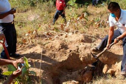 Тайные захоронения и 70 тел нашли в Мексике