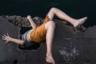 Снимки из проекта «Новый мир» рассказывают истории, наполненные разнообразными взглядами на мир, загадками, прячущимися на улицах и магическим реализмом. По словам автора, это заставляет его задуматься о том, как была сформирована мультикультурная Латинская Америка со времен колонизации. Документальная фотография, отмеченная жюри, была сделана в городе Сьенфуэгос на Кубе.