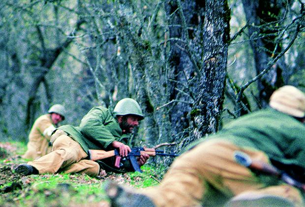 Армянские солдаты в зоне карабахского конфликта, 1994 год