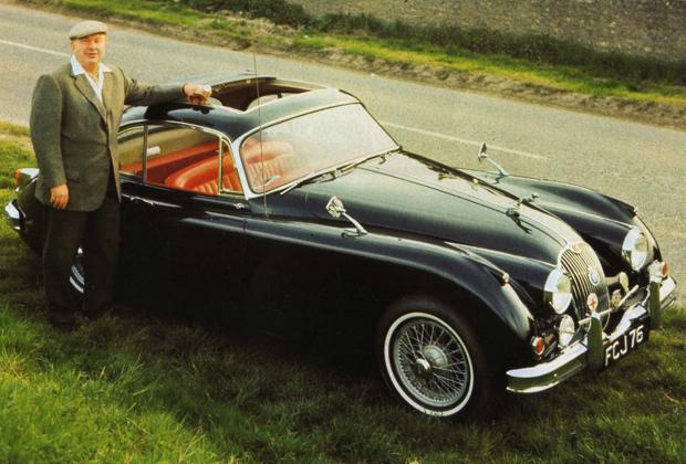 Jaguar XK150 S —любимая машина Рона Хаббарда, за рулем которой он ездил по Англии.