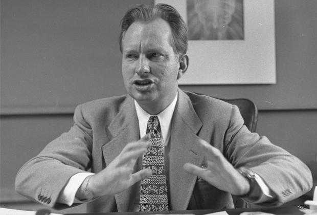 Рон Хаббард в Лос-Анджелесе, 1950 год.