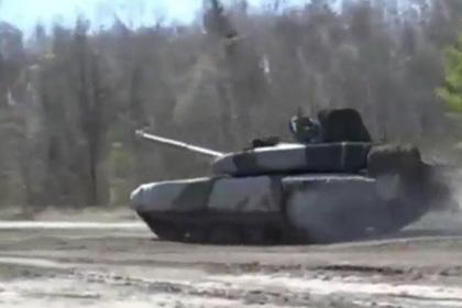 Российский «Прорыв» оказался Т-90 с «бочкой»