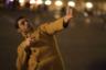 Редкий случай — лауреатом «Золотого медведя» стал фильм, в самом деле возвышающийся над остальной конкурсной программой и по выверенности, и по оригинальности, и по богатству возможных прочтений. История, которую рассказывает Надав Лапид, — о молодом израильском дембеле, приехавшем разбираться в себе в Париж — при этом подчеркнуто скромна и в основном камерна: что не мешает Лапиду насытить этот материал как парадоксами специфически израильского мироощущения и наблюдениями за абсурдом уже западноевропейского бытья, так и высказываниями о природе самоидентификации как таковой. В ее основе, по Лапиду, лежит все же не нацпринадлежность и даже не язык, которым одержим его герой, а материи более фундаментальные: возраст, гендер, сексуальность.