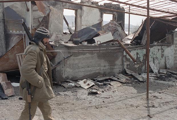 Развалины Ходжалы после ракетного удара. Март 1992 года