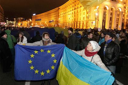 Украина взяла курс на ЕС и НАТО
