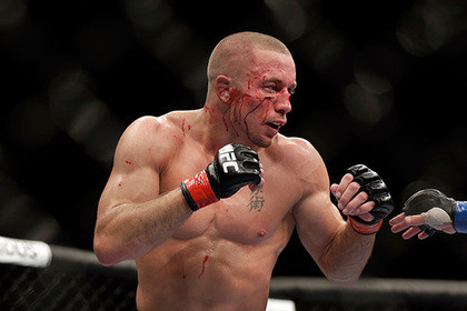 Намерение бывшего чемпиона UFC покинуть спорт связали с Нурмагомедовым