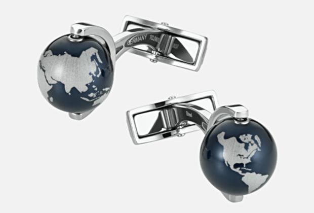 Запонки с крошечными копиями земного шара из стекла предназначены для тех, у кого под строгим костюмом и белой рубашкой бьется сердце настоящего бунтаря и путешественника.