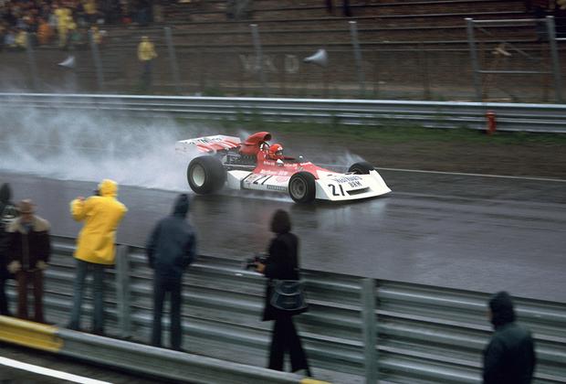 Трехкратный чемпион «Формулы-1» Лауда умер