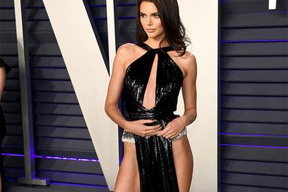 Актрисы без нижнего белья, худая девушка в сексе