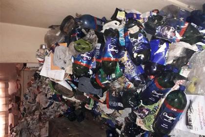 Уборщики-экстремалы рассказали о самых грязных домах в их карьере