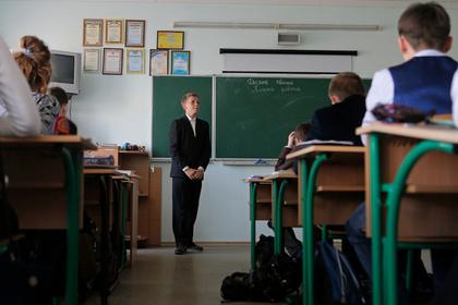 Украинских школьников обязали учить историю обретения томоса