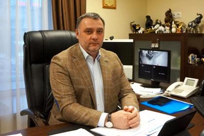 Глава московского района три часа говорил с силовиками и уволился