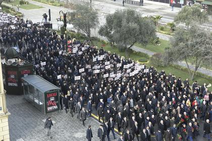 Российские депутаты съездили в Азербайджан и разозлили армян