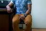 «Из-за цвета кожи я попадаю сразу в две группы риска— как чернокожий и как трансгендер. Я закончил институт и сейчас работаю помощником адвоката, но найти работу было очень сложно. Кроме того, я пережил сексуальное насилие на работе и знаю, каково другим, оказавшимся на моем месте.  <br> <br> Все, чего я хочу, — оказывать юридическую помощь людям, оказавшимся в трудной ситуации. Ведь большинство трансгендеров сегодня живут в условиях нищеты и социальной изоляции, без доступа к образованию, здравоохранению и профессиональной деятельности. Я активно участвую в проектах Rede Trans Brasil — сети по борьбе за права трансгендеров. Я верю, что со временем ситуация станет лучше, ведь в социальной сфере происходят значительные изменения: трансы перестали быть невидимками».