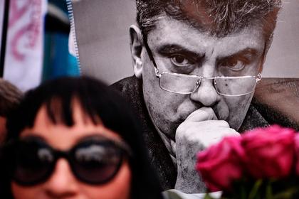 В США захотели найти убийц Немцова