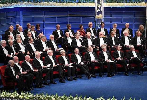 Церемония чествования нобелевских лауреатов прошлых лет в Стокгольме