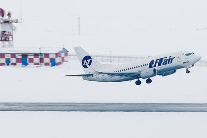 У российского самолета отказал двигатель через пять минут после взлета