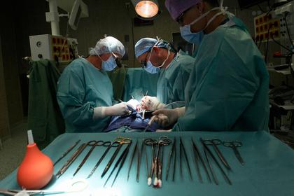Нерасторопные врачи оставили пациента без работы и возлюбленной