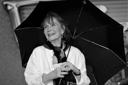 ВСША скончалась артистка Кэтрин Хелмонд