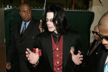 BBC молча убрала из эфира песни Майкла Джексона