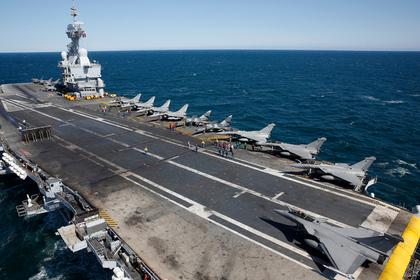 Единственный авианосец Франции починили и отправили воевать с ИГ