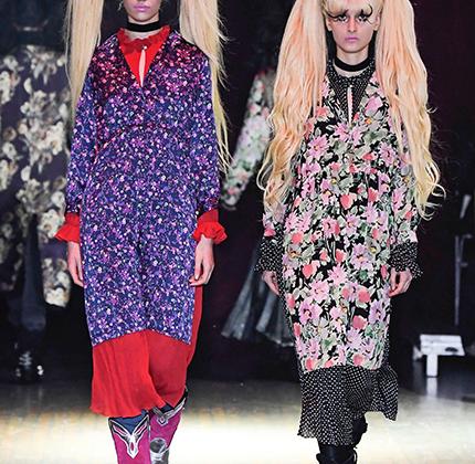 Но даже в Париже есть место милым безумствам. Джунья Ватанабе перенес зрителей в Токио: прическа в стиле Сейлор Мун, принт, вдохновленный классическим женским кимоно, яркий макияж. Для полной аутентики не хватало только обуви на платформе.