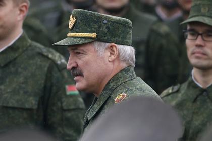 Лукашенко собрался налаживать отношения с НАТО