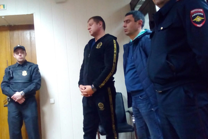 Александра Емельяненко оставили под арестом
