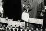 """«Я людской фотограф», — <a href=""""https://www.dw.com/en/german-photography-giant-stefan-moses-dies-at-age-89/a-42465804"""" target=""""_blank"""">говорил</a> о себе Мозес. А газета Die Welt в статье, посвященной памяти мастера и опубликованной после его смерти в феврале 2018 года, <a href=""""https://www.welt.de/regionales/bayern/article173237826/Fotograf-Stefan-Moses-gestorben.html?wtrid=onsite.onsitesearch"""" target=""""_blank"""">назвала</a> Стефана «великим старцем немецкой фотографии»."""