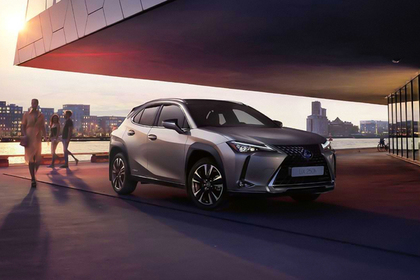Россиянам предложили новый городской кроссовер Lexus UX