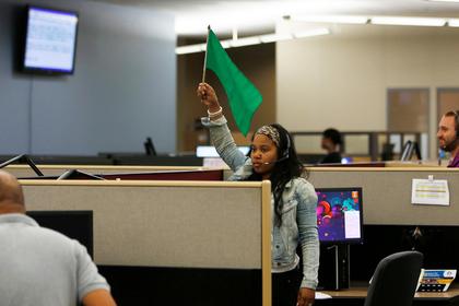 Непритязательность женщин оказалась доминирующим фактором для приема на работу