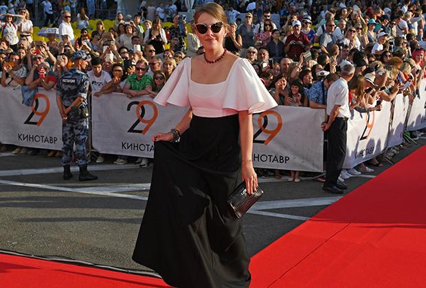 Ксения Собчак на церемонии открытия 29-го российского фестиваля «Кинотавр»