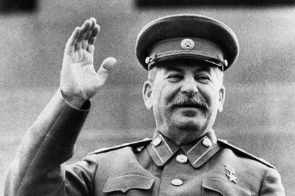 Сталина обвинили в «воскрешении» Гитлера