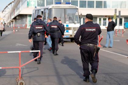 Силовики нагрянули на московские рынки с рейдами