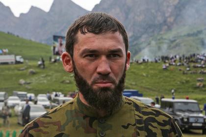 Спикер парламента Чечни объявил кровную месть оскорбившему Кадырова блогеру