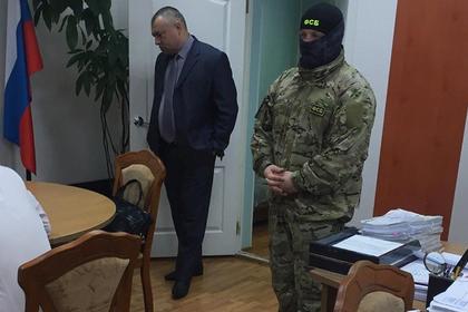 Анатолий Уваров (слева)