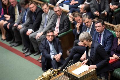 Британские депутаты отказались от жесткого Brexit