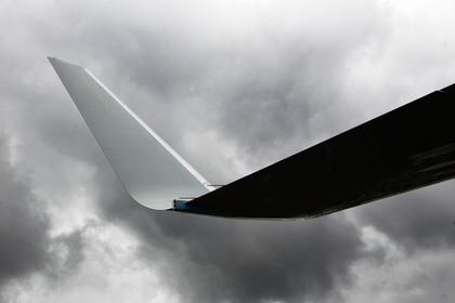 Авиалайнер из Москвы прилетел в Сочи со сломанным крылом