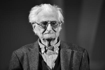 Кинорежиссер Марлен Хуциев умер в Москве
