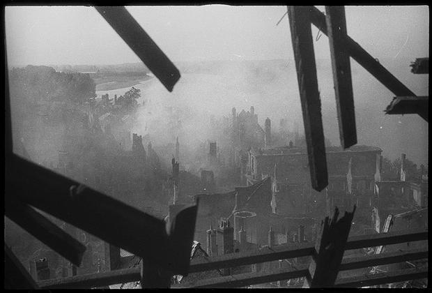 Июнь 1940 года. Ла-Рош-Винезе, Франция.