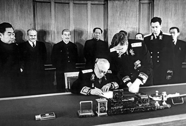 Подписание Договора о дружбе, союзе и взаимопомощи между СССР и КНР, 1950 год