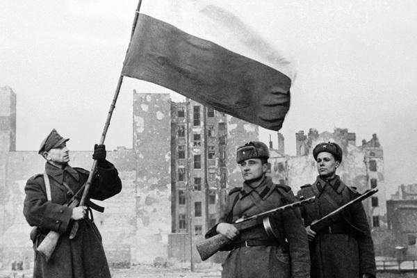 Польша объяснила отказ позвать РФ на годовщину начала Второй мировой
