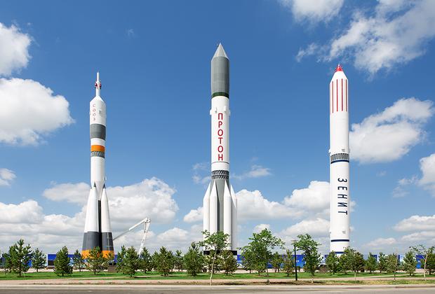 Пока на территории центра готово только одно здание для специального конструкторско-технологического бюро космической техники. Оно станет частью сборочно-испытательного комплекса космических аппаратов.