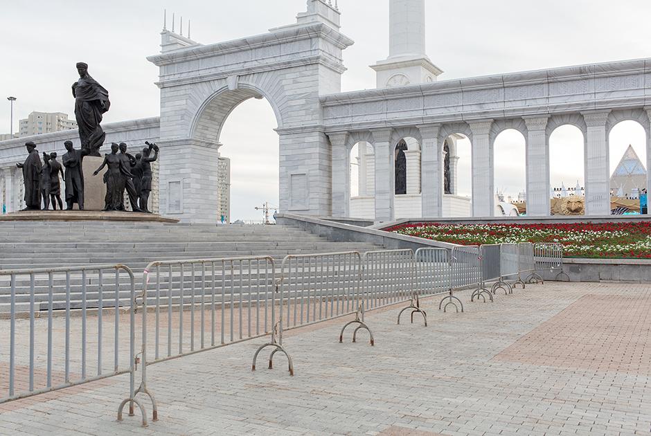 Главная площадь города приобрела современный облик в октябре 2009 года.