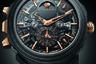 Часы выпущены к 25-летию первых часов Bvlgari с «большим боем», созданных в 1994 году Джеральдом Джентой. Модель в 44-миллиметровом карбоновом корпусе оснащена автоматическим механизмом калибра BVL 980 с большим и малым боем, минутным репетиром, турбийоном, вечным календарем, индикатором лунных фаз и индикатором запаса хода.
