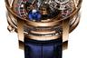 Создатели знаменитых «астрономических» часов Jacob & Co. с двухосным турбийоном придали новой версии немного азартности: на циферблате размещено крошечное, но действительно работающее колесо рулетки.