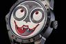 Российский часовщик Константин Чайкин привез в Базель очередную версию своей суперпопулярной модели Joker — часы Dracula с автоматическим механизмом К.18-7 Dracula. Их отличительная черта — индикатор «время Дракулы». Константин модифицировал классический индикатор «день/ночь»: в ночное время у «вампира» отрастают клыки, а днем они исчезают.