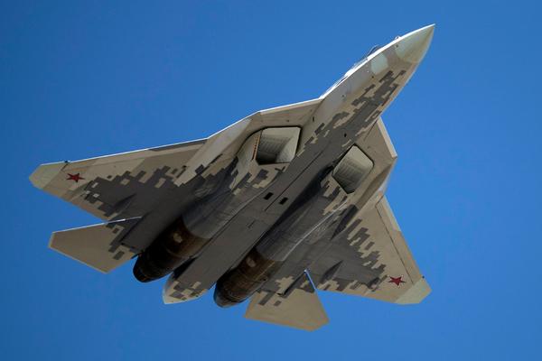 В США назвали главное отличие Су-57 от F-35