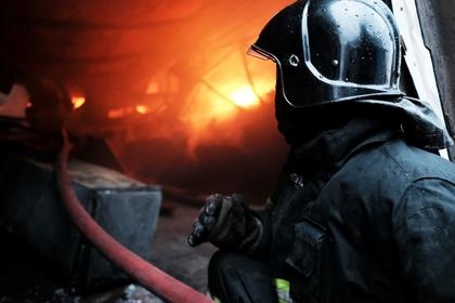 Российская семья погибла после попытки старшего сына растопить печь