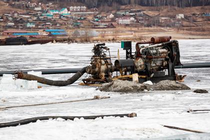 Китайский завод по розливу питьевой воды на Байкале признали незаконным